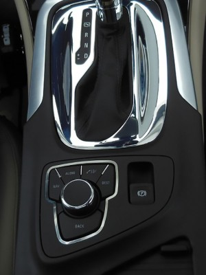 OPEL INSIGNIA AUDIO ADJUST KNOB COVER - Quality interior & exterior steel car accessories and auto parts