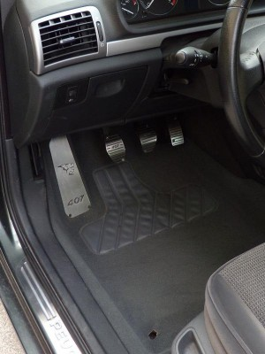 PEUGEOT 407 PEDALS - Quality interior & exterior steel car accessories and auto parts