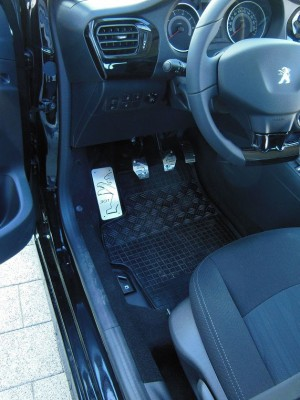 PEUGEOT 301 PEDALS AND FOOTREST - Quality interior & exterior steel car accessories and auto parts