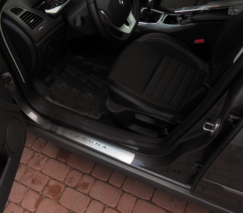 RENAULT LAGUNA III DOOR SILLS - autoCOVR | quality crafted ...