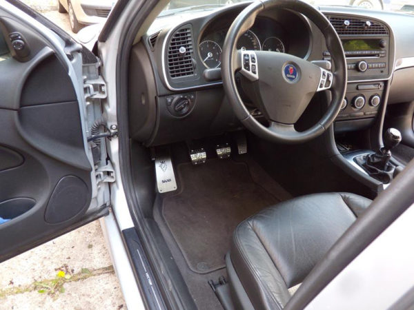 SAAB 9-3 II PEDALS AND FOOTREST - Quality interior & exterior steel car accessories and auto parts