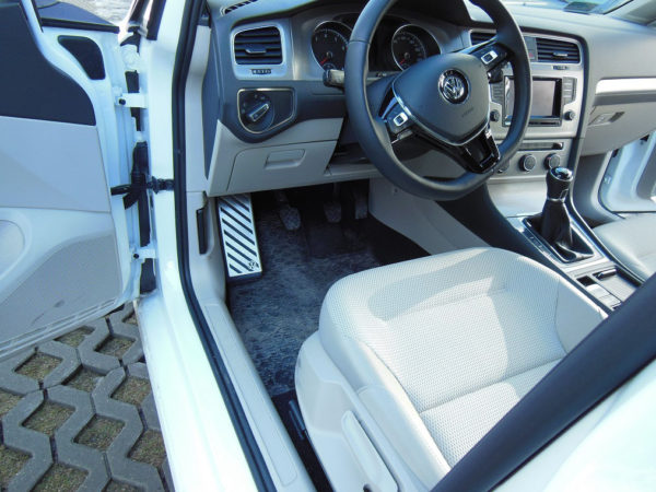 VW GOLF VII FOOTREST - Quality interior & exterior steel car accessories and auto parts
