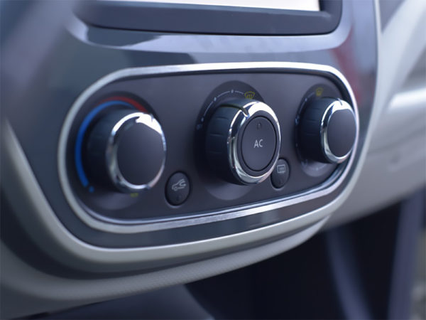 RENAULT CAPTUR CLIMATE CONTROL SWITCHES COVER - Quality interior & exterior steel car accessories and auto parts