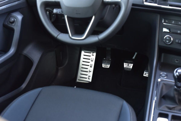 SEAT ATECA PEDALS AND FOOTREST - Quality interior & exterior steel car accessories and auto parts crafted with an attention to detail.