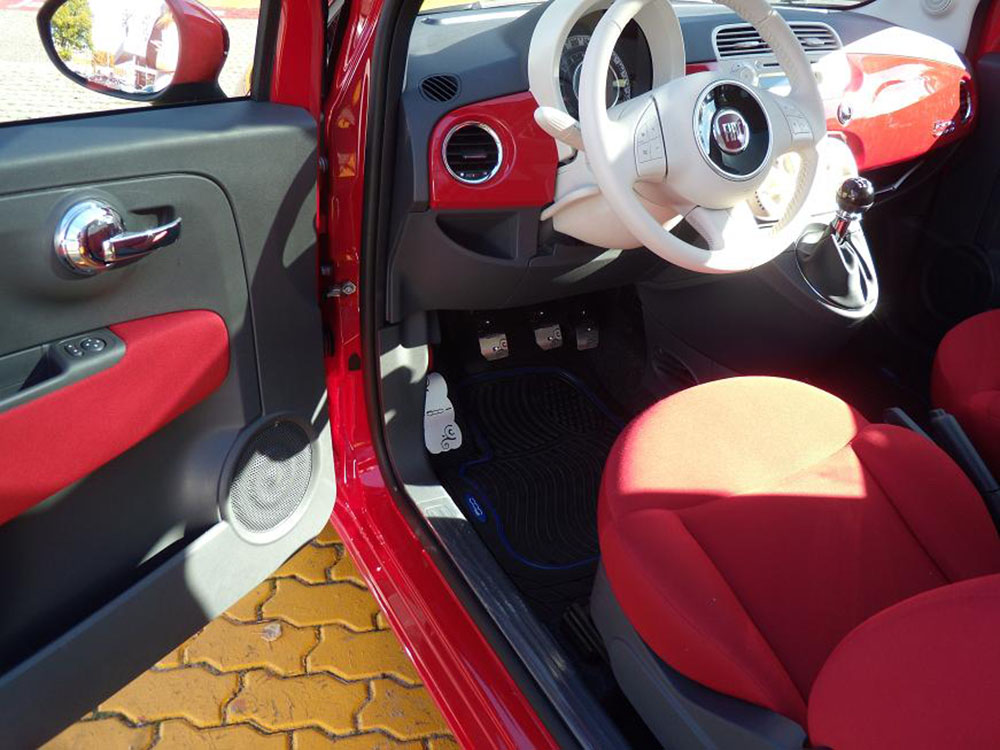 fiat 500 pedals and footrest autocovr quality crafted. Black Bedroom Furniture Sets. Home Design Ideas