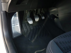 PEUGEOT 307 FOOTREST - Quality interior & exterior steel car accessories and auto parts