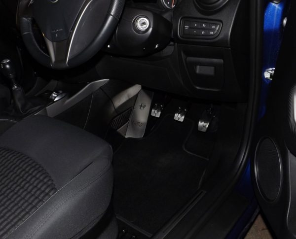 ALFA ROMEO MITO PEDALS AND FOOTREST - Quality interior & exterior steel car accessories and auto parts