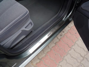 PEUGEOT 407 DOOR SILLS - Quality interior & exterior steel car accessories and auto parts