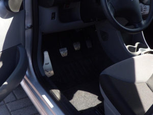 PEUGEOT 107 PEDALS - Quality interior & exterior steel car accessories and auto parts