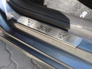 PEUGEOT 308 DOOR SILLS - Quality interior & exterior steel car accessories and auto parts