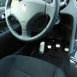 PEUGEOT 5008 PEDALS AND FOOTREST - Quality interior & exterior steel car accessories and auto parts