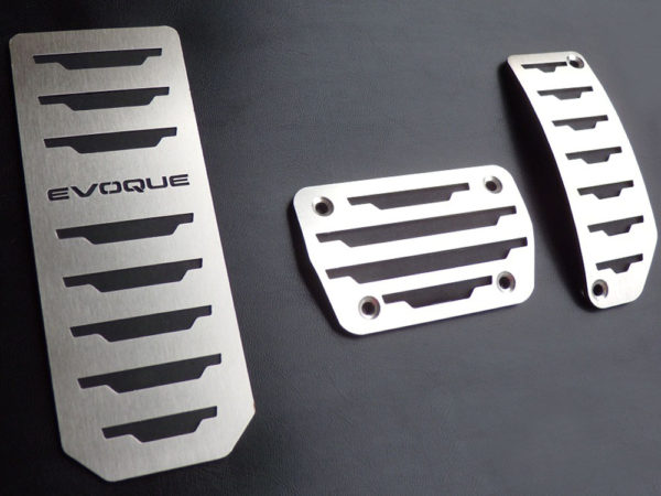 RANGE ROVER EVOQUE PEDALS AND FOOTREST - Quality interior & exterior steel car accessories and auto parts