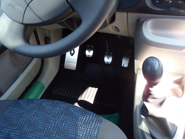 RENAULT TWINGO FOOTREST - Quality interior & exterior steel car accessories and auto parts