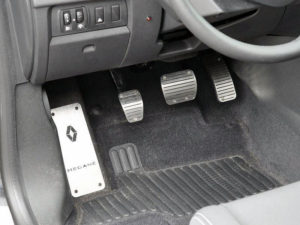 RENAULT MEGANE III FOOTREST - Quality interior & exterior steel car accessories and auto parts