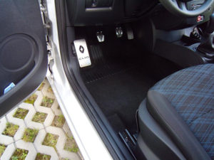 RENAULT CLIO III PEDALS - Quality interior & exterior steel car accessories and auto parts