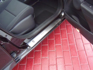 RENAULT MEGANE III DOOR SILLS - Quality interior & exterior steel car accessories and auto parts
