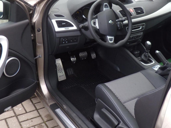 RENAULT MEGANE FLUENCE SCENIC PEDALS AND FOOTREST - Quality interior & exterior steel car accessories and auto parts