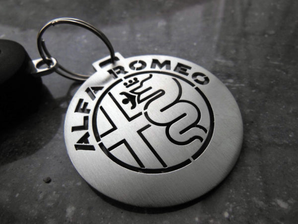ALFA ROMEO NEW EMBLEM KEYRING - - Quality interior & exterior steel car accessories and auto parts
