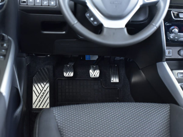 SUZUKI VITARA II PEDALS AND FOOTREST - Quality interior & exterior steel car accessories and auto parts