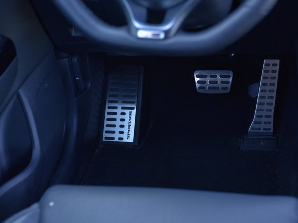 KIA SPORTAGE FOOTREST - Quality interior & exterior steel car accessories and auto parts