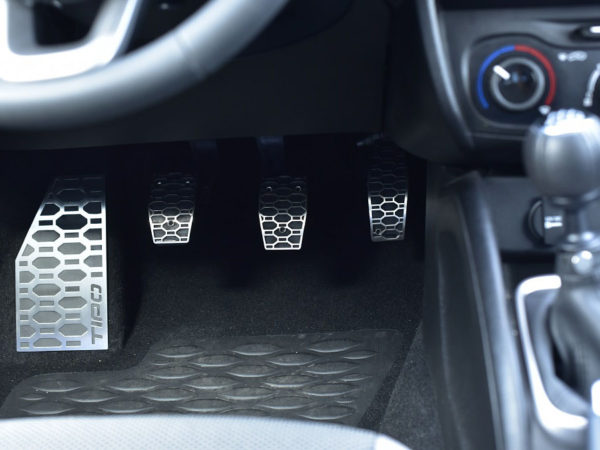 FIAT TIPO PEDALS AND FOOTREST - Quality interior & exterior steel car accessories and auto parts