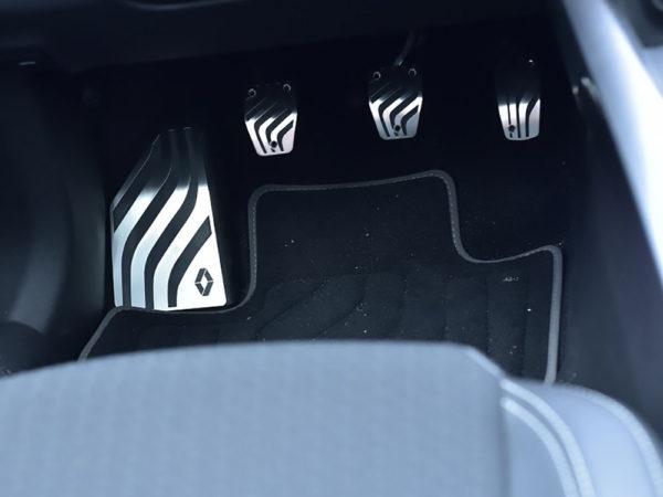 RENAULT KADJAR PEDALS AND FOOTREST - Quality interior & exterior steel car accessories and auto parts