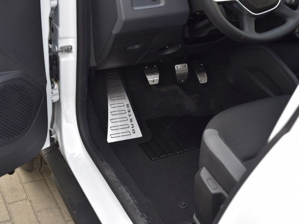 DACIA DUSTER 2 II Mk2 FOOTREST - Quality interior & exterior steel car accessories and auto parts crafted with an attention to detail.