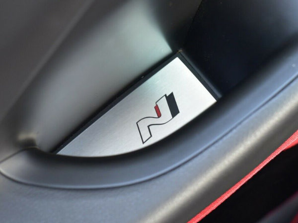 HYUNDAI i30N i30 N FASTBACK DOOR GRAB COVER - Quality interior & exterior steel car accessories and auto parts crafted with an attention to detail.